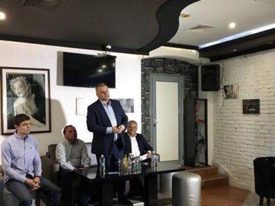 Петър Курумбашев в Гоце Делчев: Време е в Европарламента да направят и отделни тоалетни за нас, източноевропейците