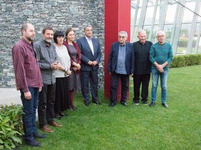 Светлин Русев откри изложба на известни български художници в Гоце Делчев