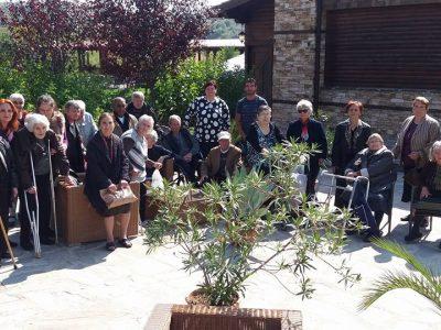 Директорът на Дома за стари хора благодари на всички, които зарадваха възрастните мъже и жени от социалното заведение за празника им