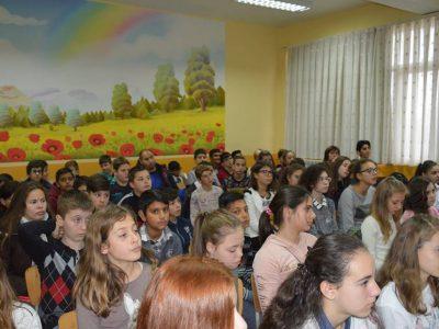 Със славни моменти от българската история се запознаха децата от Първо ОУ в Гоце Делчев и от училището в Долно Дряново