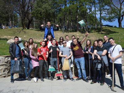 Неврокопчани започнаха голямото пролетно чистене – кампанията продължава до 5 април