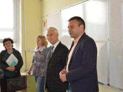 Депутатът Богдан Боцев използва парламентарната ваканция за срещи с млади хора