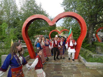 """С официална церемония днес откриват моста """"Символ на любовта"""" в град Гоце Делчев"""