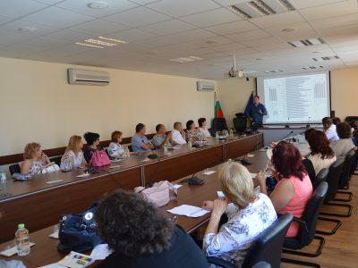 Средната работна заплата за страната е 1077 лв., а тази в област Благоевград е 721 лв. като бележи спад, отчитат от социалното министрество