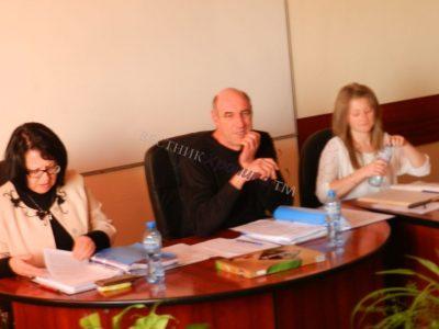 Страсти кипят сред местните политици в Гърмен, кметът Капитанова уволни жената на местния лидер на ГЕРБ