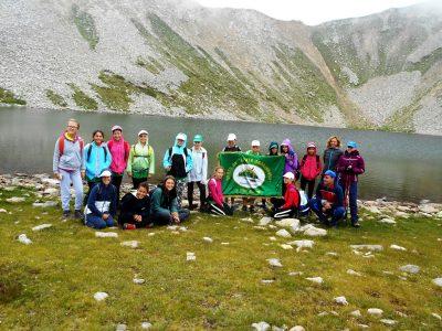 """Малките планинари от клуб """"Пирински стражи"""" са очаровани от Брезнишките езера и връх Ченгел чал в Пирин"""