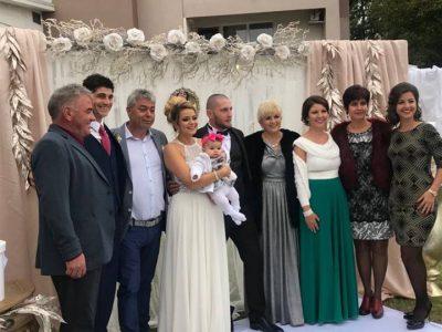 Николина Чакърдъкова вдигна пищна сватба на дъщеря си