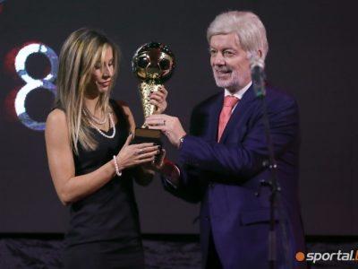 Евдокия Попадинова отново е № 1 на България в женския футбол