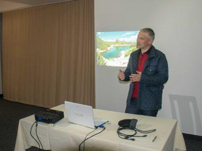 """Изследователят географ и запален планинар Николай Даутов представи най-новата си книга """"Езерата на Пирин"""" в град Гоце Делчев"""