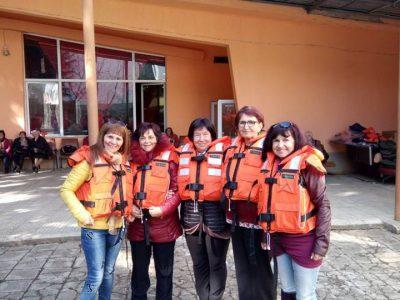 Обучение на доброволци как да действат при наводнения и последствията от тях