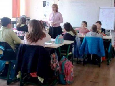 Деца от Гоце Делчев съставят самостоятелно мисловни карти