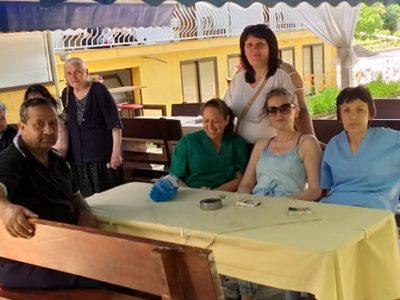 На тридневна почивка в курортното село Огняново са хора от социален център в Гоце Делчев