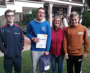 Атанас Табаков от Гоце Делчев е сред десетте най-добри в Национално състезание по чужди езици