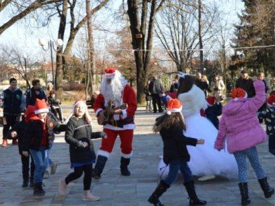 Богата празнична програма за Коледа в град Гоце Делчев