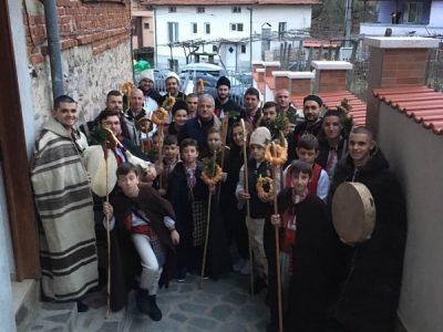 Ентусиазирани млади хора връщат традицията на коледуването в Гоце Делчев