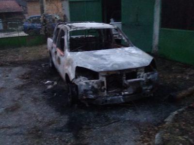 Изгоря служебен автомобил на Горското в Елешница, палежът най-вероятно е умишлен