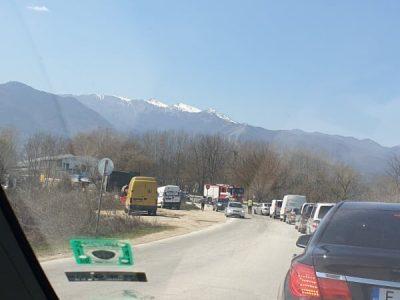 Катастрофа блокира пътя Гоце Делчев – с. Дъбница