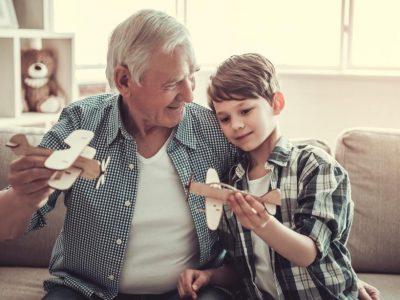 Една идея от Канада, която може да подобри живота на самотните възрастни и децата от приюти