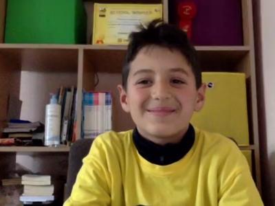 Даниел Ламбин от Гоце Делчев е национален шампион в състезанието по правопис на английски език за 2021 г.