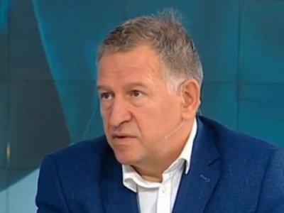 Здравният министър Кацаров предлага: Лекар, който е приел да лекува тежко болен да получи повече пари, отколкото за млад човек без заболявания