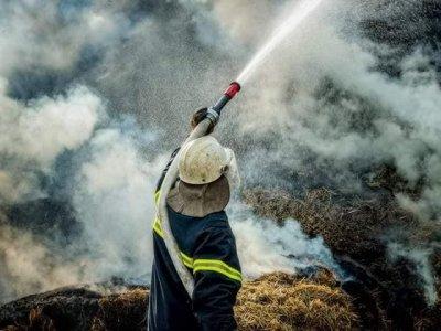 12 часа гасиха горски пожар в местността Беслет