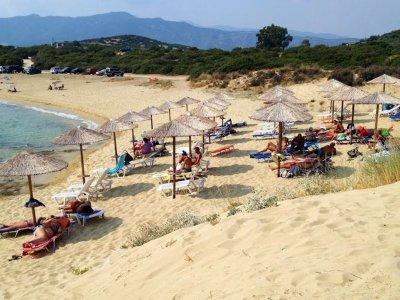 Стрелба с пострадали на плажа Амолофи край Неа Перамос