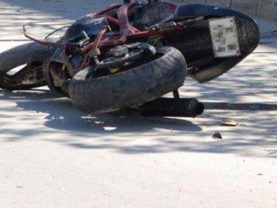 Момче падна с мотоциклет на пътя между Рибново и Осиково, пострада тежко